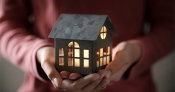 6 Reasons Why Selling Your House on Your Own Is a Mistake | Bridge Builders